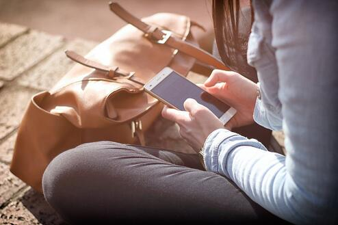 smartphone-sms-survey.jpeg